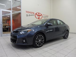 Toyota Corolla * S * TOIT * MAGS * PEA PLATINE * 2014