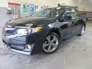 Toyota Camry SE V6 Gr:D *GPS + TOIT + MAGS* 2014