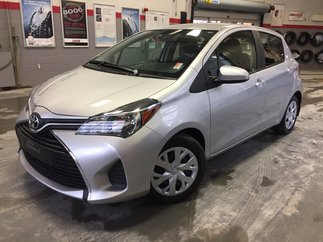 Toyota Yaris LE Gr:B *GARANTIE PROLONGÉE + A/C + AUTOMATIQUE* 2017