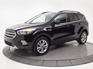 Ford Escape SE AWD + 2.0L, MAGS, CAMERA + 2017
