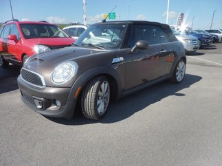 MINI Cooper S *** CONVERTIBLE *** CUIR *** MAGS *** 2012