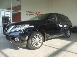 Nissan Pathfinder * SV 4X4 * MAGS * 60 000 KM * 2015