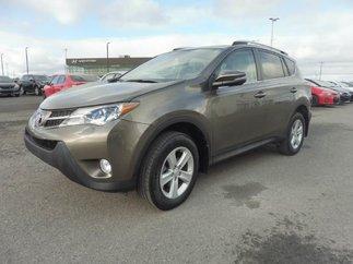 Toyota RAV4 XLE * 26 000 KM * GPS * MAGS * TOIT * 2014