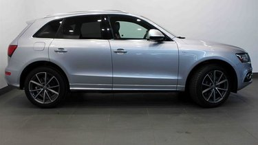 SQ5 3.0T Technik quattro 8sp Tip (Sold Order Only)