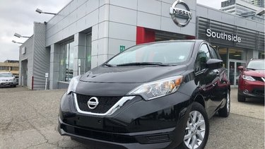 Versa Note Hatchback 1.6 SV CVT (2)
