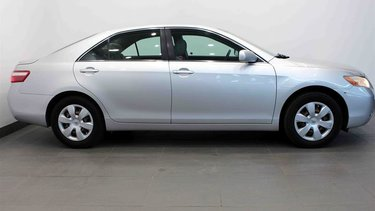 Camry 4-door Sedan LE 5A