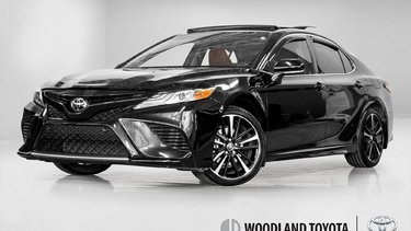 Camry XSE/ toit pano / Caméra / Mags / Bluetooth / WOW