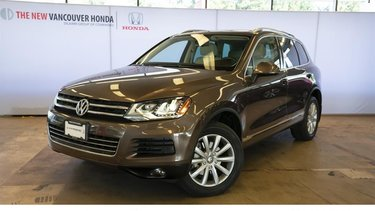 Touareg Execline 3.0 TDI 8sp at Tip 4M