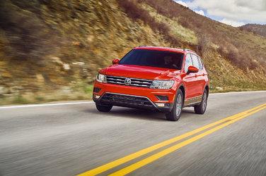 Volkswagen Tiguan 2019 vs Ford Escape 2019