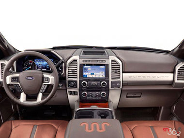 Ford Super Duty F-350 KING RANCH 2018 - photo 1