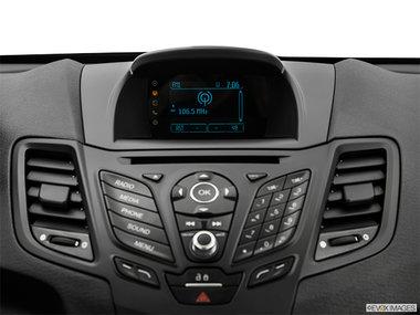 Ford Fiesta Hatchback SE 2019 - photo 6