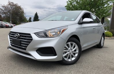 2019 Hyundai Accent (5) Preferred at