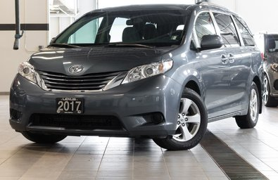 2017 Toyota Sienna LE Package 8-Passenger