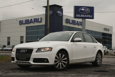 2010 Audi A4 2.0T awd leather roof