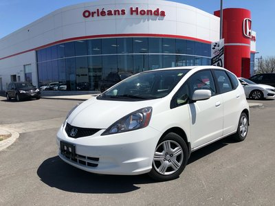 Honda Fit LX, BLUETOOTH, CRUISE CONTROL,MAJIC SEATS 2014