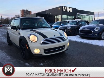MINI COOPER Baker Street LEATHER CLOTH COMBO PEPPER WHITE ON BLACK LOW KM 2013