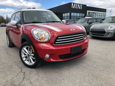 MINI Cooper Countryman STEAL PRICE PANO BLAZING RED HEATED SEATS VERY low KM 2014