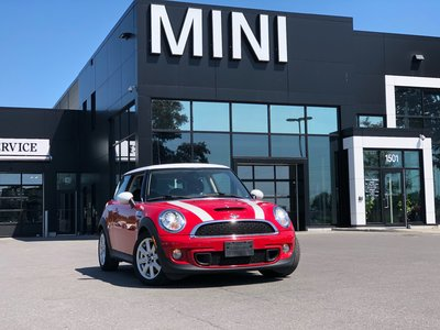 2011 MINI Cooper S CHILI RED COOPER S 6 SPEED MANUAL LOW KM