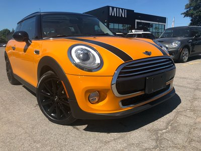 2018 MINI Cooper CAMERA NAVI PANO HEATED KEYLESS ORANGE VOLCANIC AUTO WHITE LEATHER
