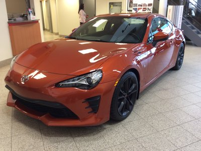 Toyota 86 86 6-SPD MANUAL 2017
