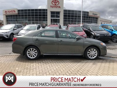 Toyota Camry Hybrid NAVIGATION - SUNROOF- XLE - MINT 2012