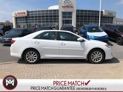 2014 Toyota Camry XLE - LOW KM - LEATHER - NAVIGATION - SUNROOF