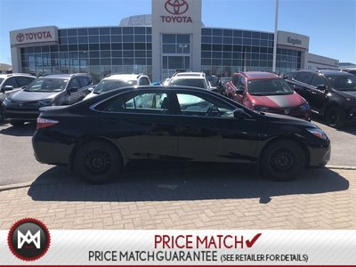 Toyota Camry SE - BLACK ON BLACK - ONE OWNER AND NO ACCIDENTS 2015