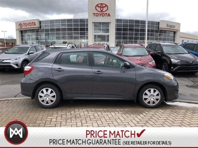 2014 Toyota Matrix LOW KM - LOCAL ONE OWNER NO ACCIDENTS