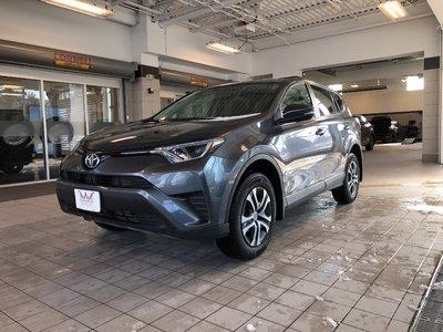 2016 Toyota RAV4 Keyless ,Bluetooth & More!