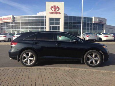 pre owned 2013 toyota venza v6 awd 6a in kingston used. Black Bedroom Furniture Sets. Home Design Ideas