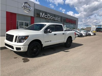 2018 Nissan Titan  SL Midnight Edition CC Gas