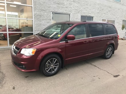 2016 Dodge Grand Caravan Premium Plus | LEATHER | NAVI | DVD |
