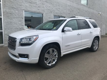 2016 GMC Acadia Denali | Leather | Navigation | Sunroof|