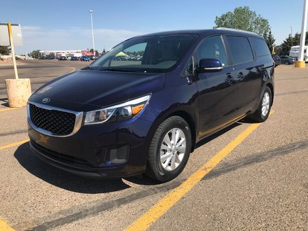 2018 Kia Sedona LX+ **LOW KMS!!**
