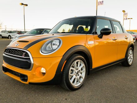 2016 MINI Cooper Hardtop 5 Door S **LEATHER-NAV-SUNROOF**