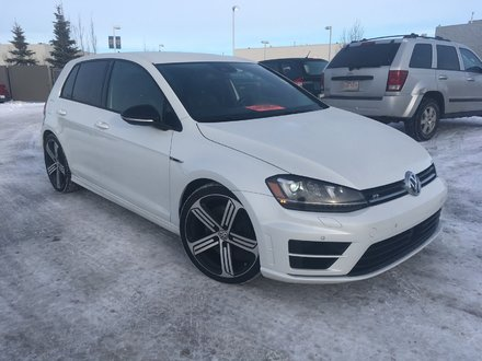 2016 Volkswagen Golf R | AWD | LEATHER | NAV | 265HP