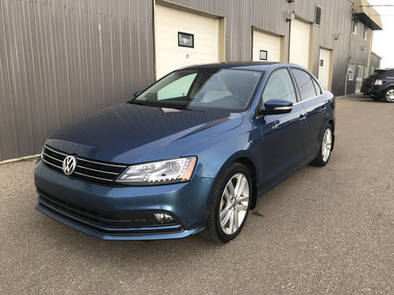 2016 Volkswagen Jetta Sedan Highline **LEATHER-NAV-SUNROOF!!**