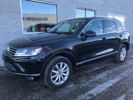 2016 Volkswagen Touareg | LEATHER | NAV | SUNROOF