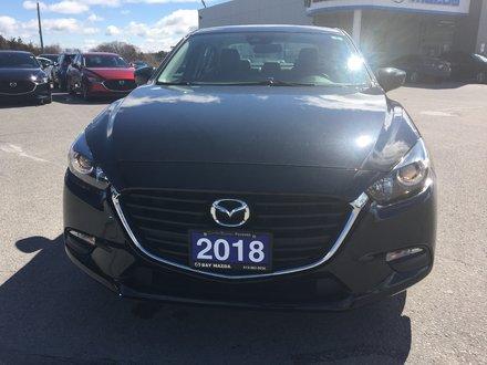 2018 Mazda MAZDA3 SE 6AT
