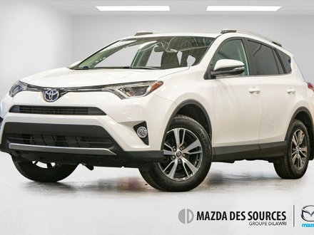 Toyota RAV4 XLE AWD Toit Ouvrant Sieges Chauffants CaméraRecul 2016