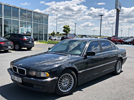 BMW 740 IL + NAVIGATION  ***VÉHICULE VENDU TEL QUEL*** 2001