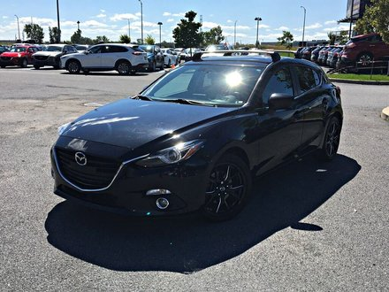 2016  Mazda3 Sport GT + HEADS UP DISPLAY + NAVIGATION