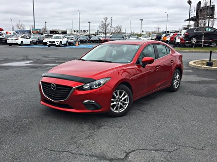 2016  Mazda3 GS + NAVIGATION + TOIT OUVRANT + SIÈGES CHAUFFANT