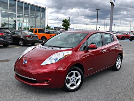 Nissan Leaf SV + SIÈGES CHAUFFANTS + NAVIGATION 2014