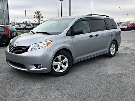 2015 Toyota Sienna CAMERA DE RECUL + BLUETOOTH