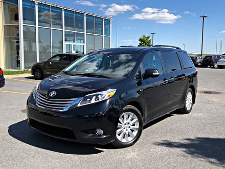2016 Toyota Sienna LIMITED 7 Pass AWD + DVD +TOIT + NAVIGATION