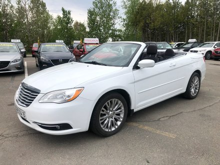 Chrysler 200 CONVERTIBLE CARFAX DISPONIBLE CHEZ MAZDA ST-JEROME 2012