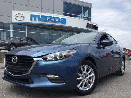 2018  Mazda3 Sport GS | Sièges et volant chauffants | Bas kilo