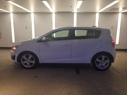 Chevrolet Sonic LT ** TOIT OUVRANT CAMERA RECUL ** 2016