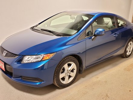2012 Honda Civic LX Alloys Bluetooth Traction Low Km Clean